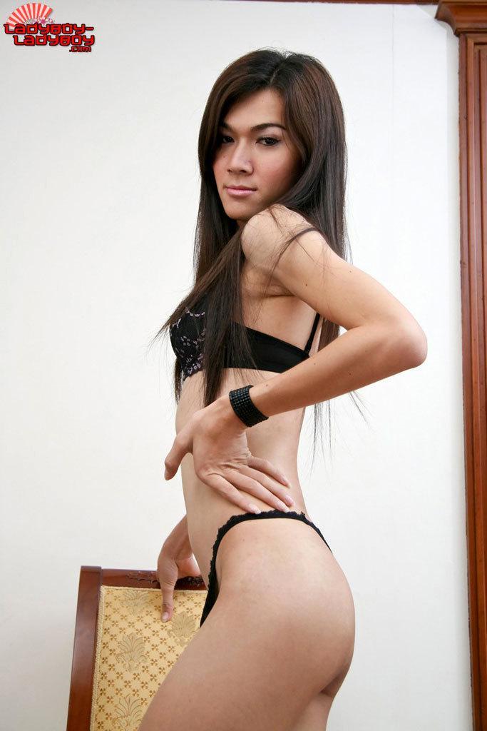 Bare Back Ladyboy Butt Fucking – Braces, Teen, Creampie