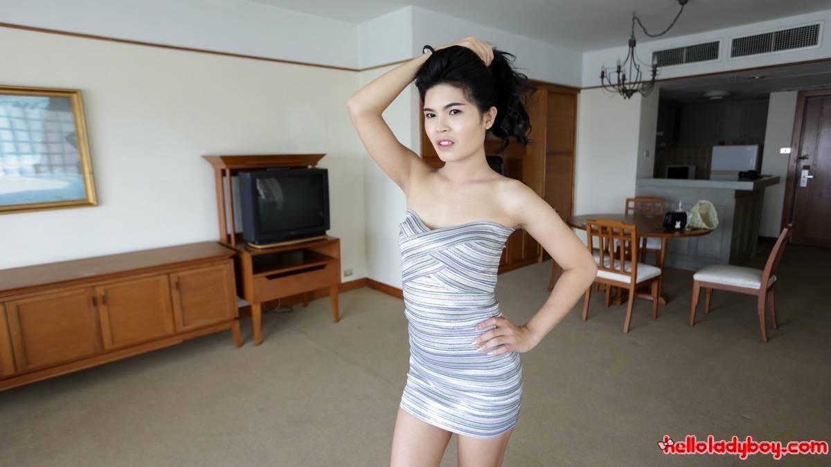 Cute Teen Tgirl In Bikini Exposing Her Nice Asian Tool