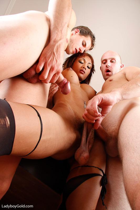 Horny Slender Tgirl Giving Her Boyfriend A Blowjob