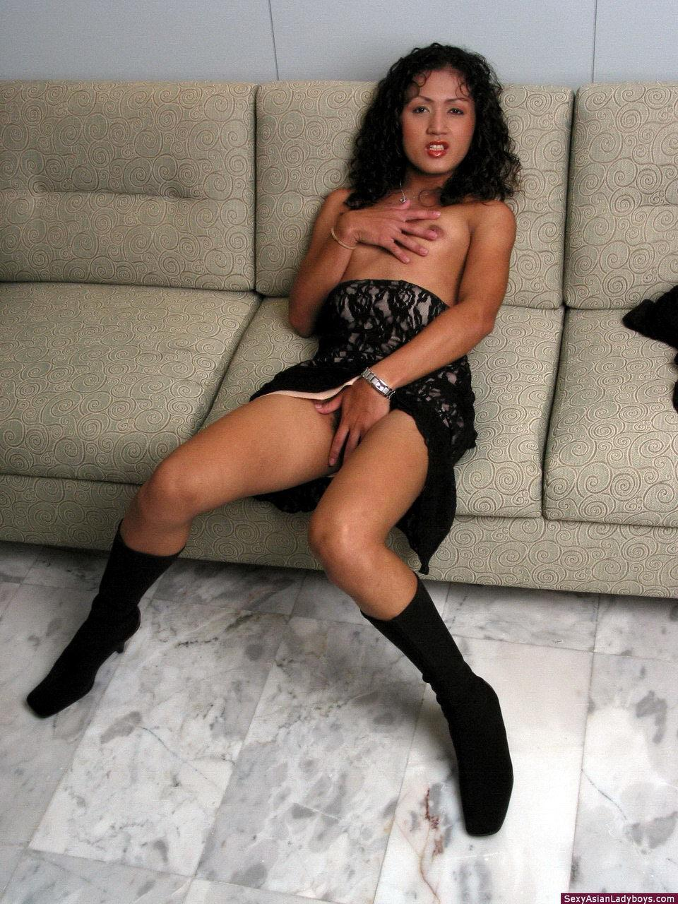 Horny T-Girl Getting Raw Anal Punished By Big Penis