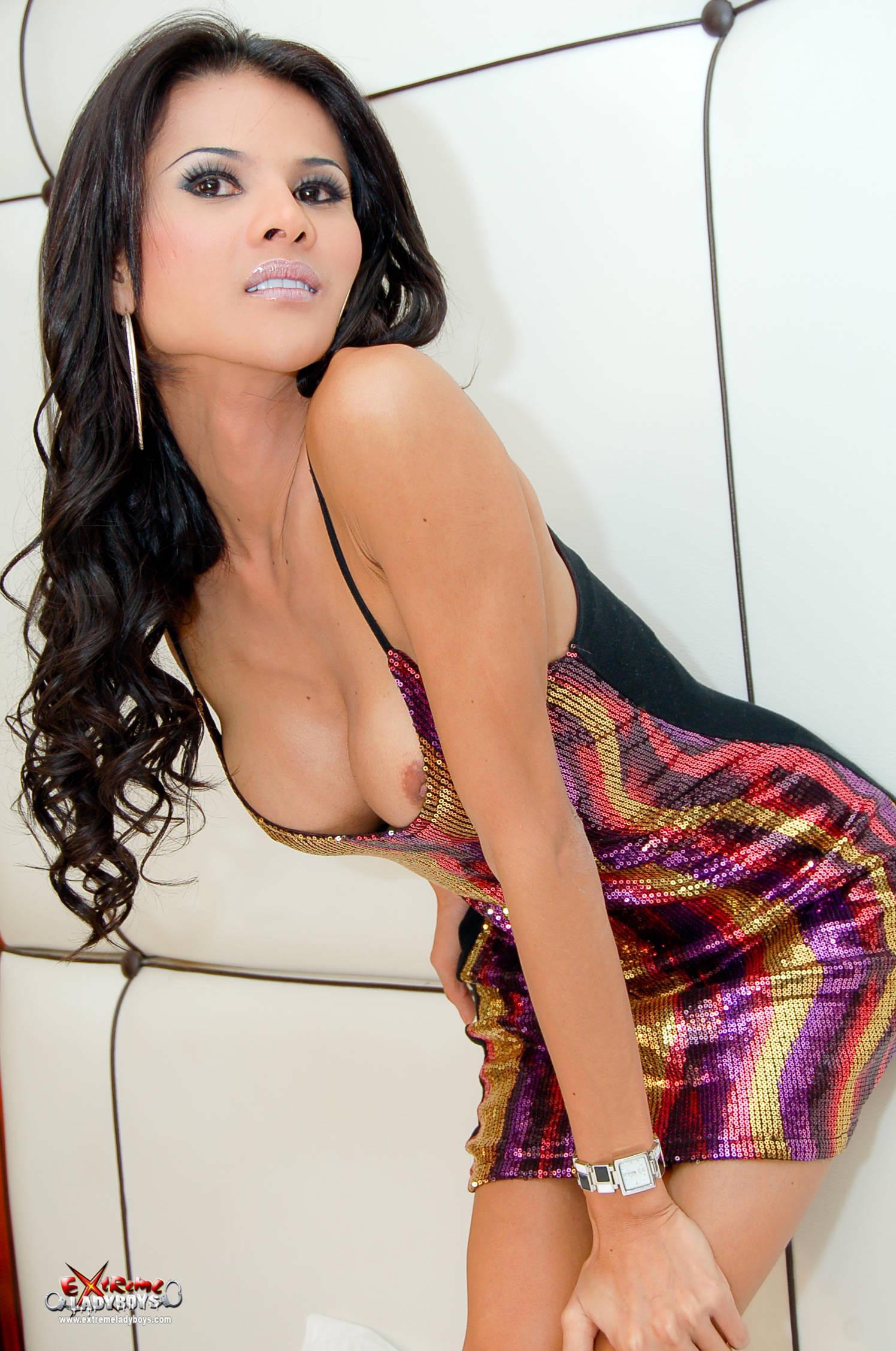 Nasty Asian Transexual Posing
