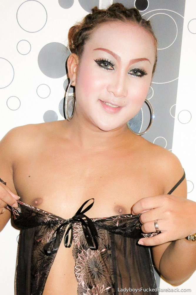 Naughty Thai Transexual Nurse Takes Her Temperature Anally