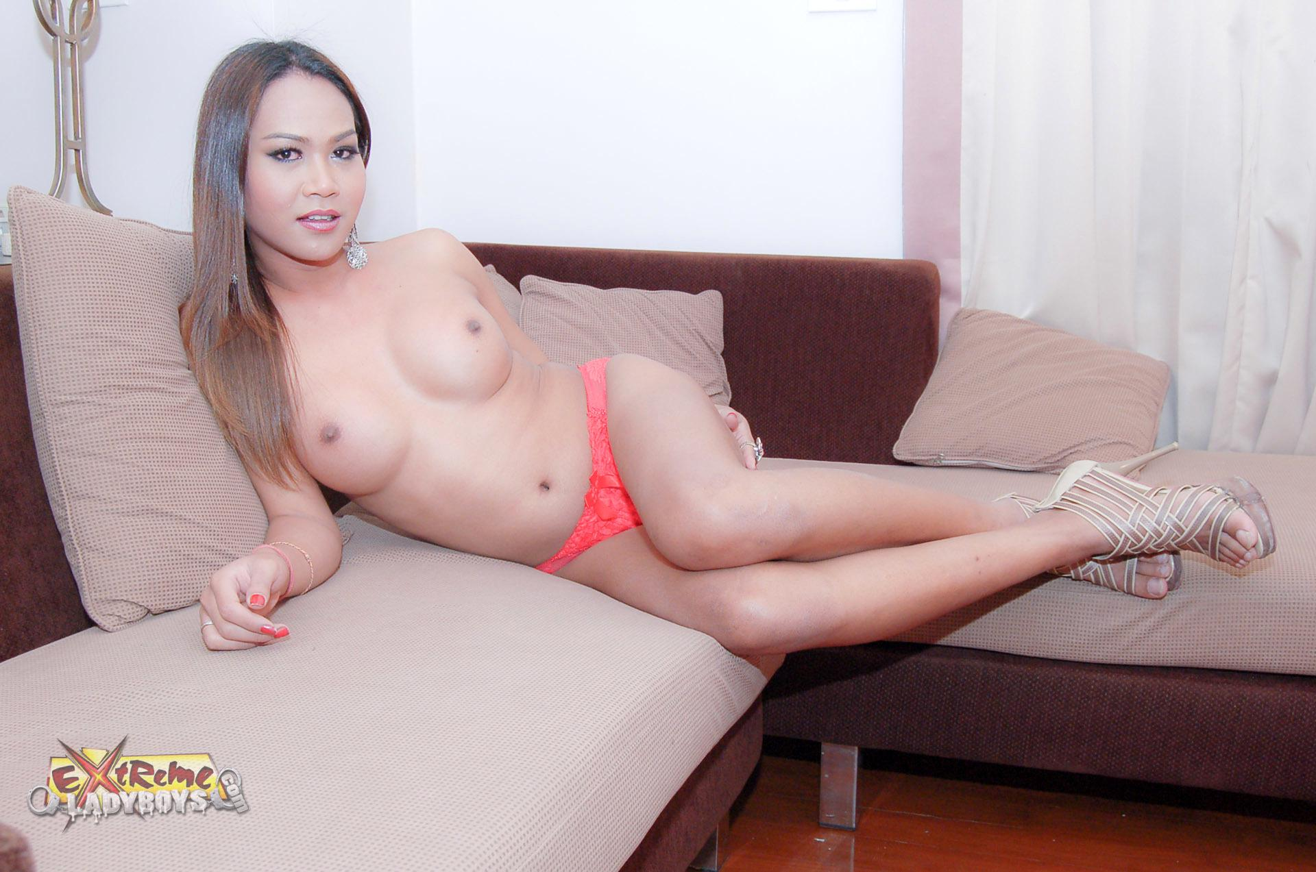 Petite Transexual Shows Her Slim Figure