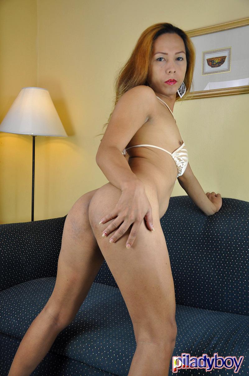 Pretty Asian Tgirl In Tinie Bikini Fingering Herself In The Bed
