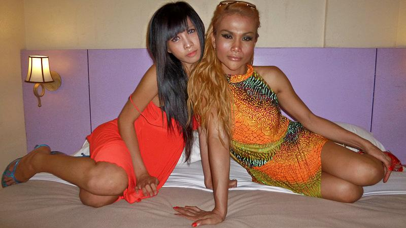Sensual Thai Transexual Stripping