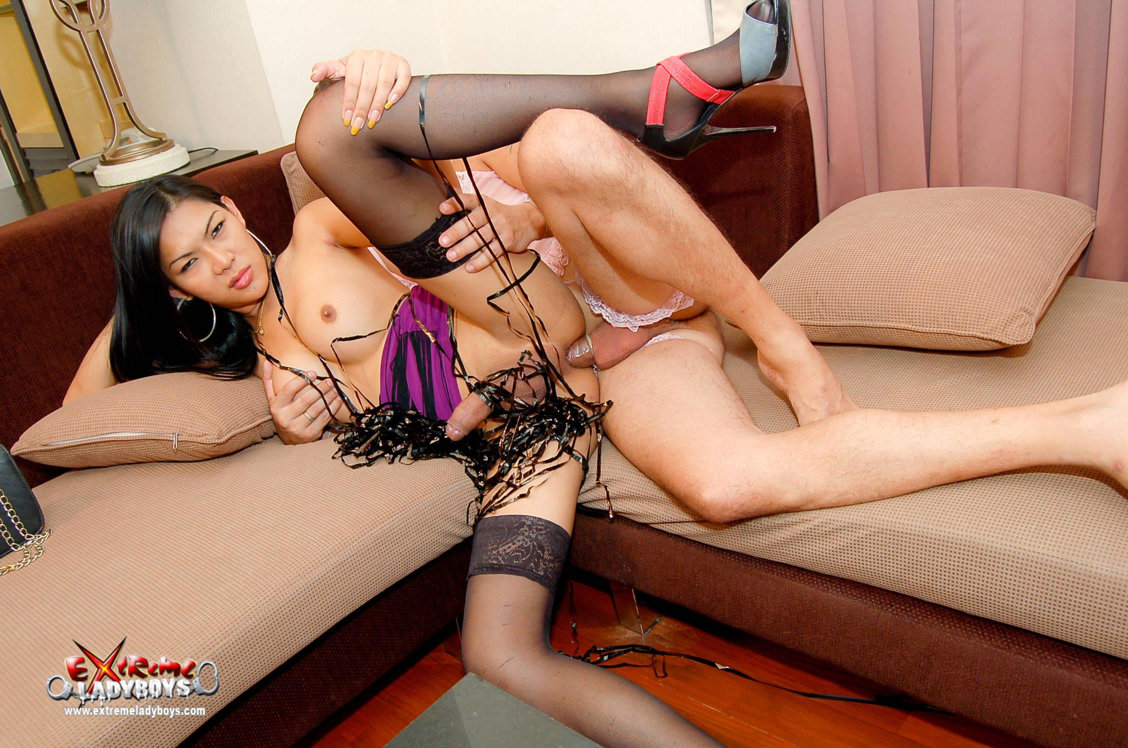 Shemale Bitch Sits On Dildo