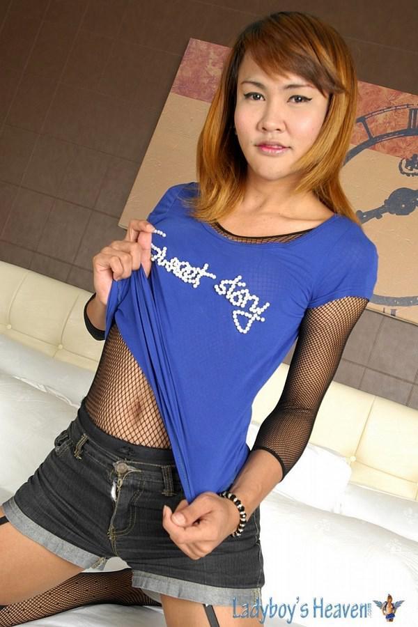 Teen Thai Femboy Wanks And Shoots Hot Jizz Like A Fountain